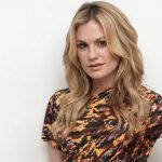 Anna Paquin, Anna Paquin Net Worth, movies, Net Worth, Profile, tv shows