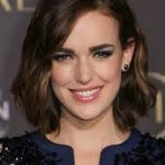 Elizabeth Henstridge Net Worth, Age, Height, Boyfriend, Profile, Movies