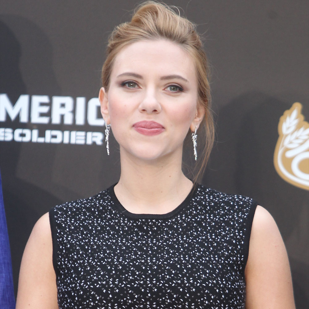 Scarlett Johansson Net Worth, Age, Height, Husband, Profile, Movies