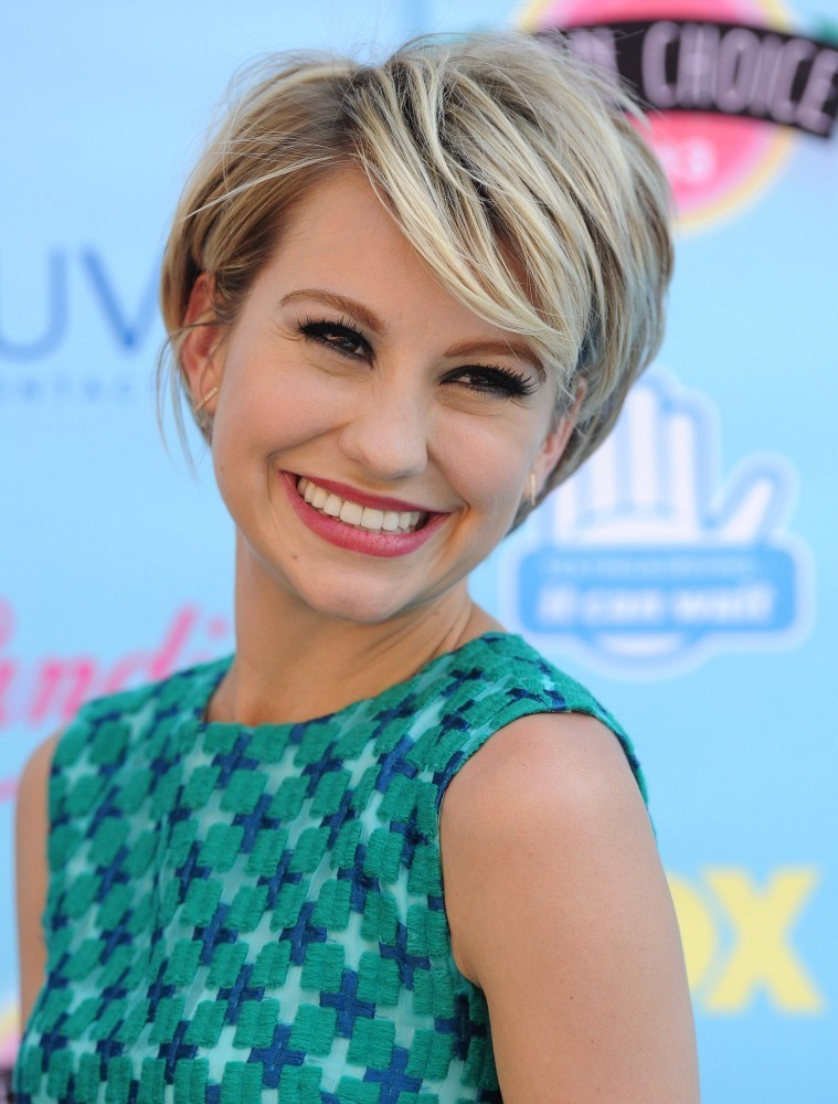 Chelsea Kane Net Worth, Age, Height, Profile, Movies