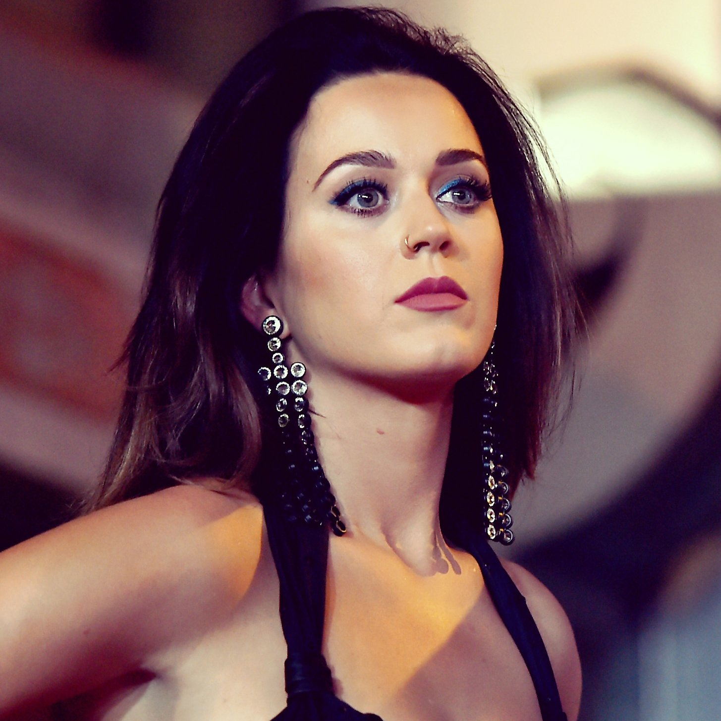 Katy Perry Net Worth, Age, Height, Profile, Songs, Instagram