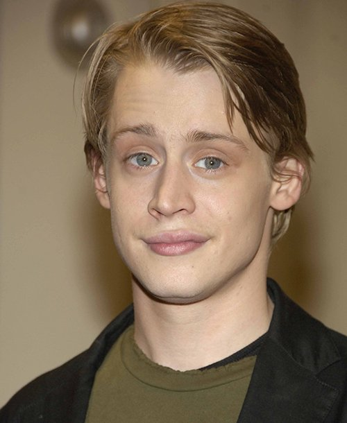 Macaulay Culkin Net Worth, Age, Height, Profile, Movies