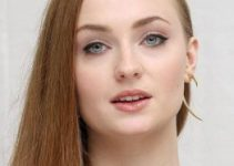 Sophie Turner Age, Height, Instagram, Joe Jonas
