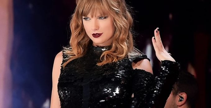 Taylor Swift Net Worth: Biography, Wiki, Career & Facts